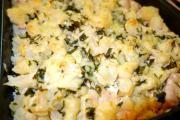 Цветная капуста запеченная с курицей под сыром